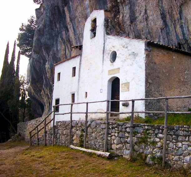 Gargnano Overview Gardasee